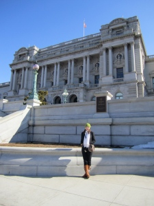 Leigh standing in front of the Library of Congress